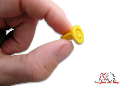 plastic seals for cases toteboxseal 17x14mm